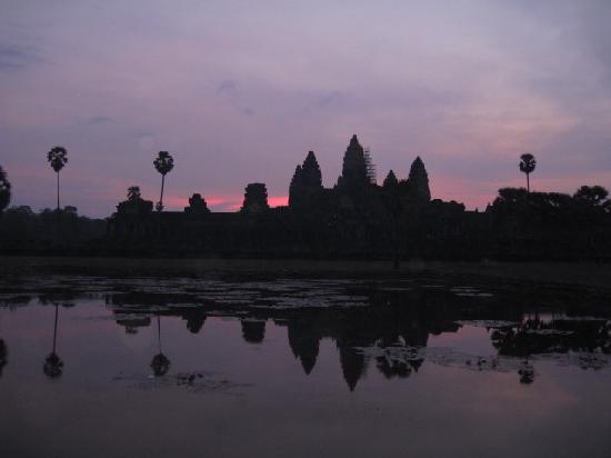 Siem Reap, Cambodia: Angkor Wat sunrise