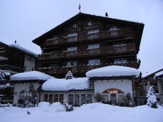 Hotel Chesa Valese : exterior view