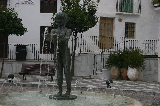 Benalmadena Pueblo (The Old Village) : Fuenta de la Nina