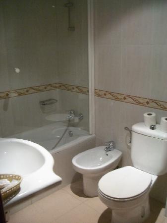 Hotel Don Juan: バスルーム その1
