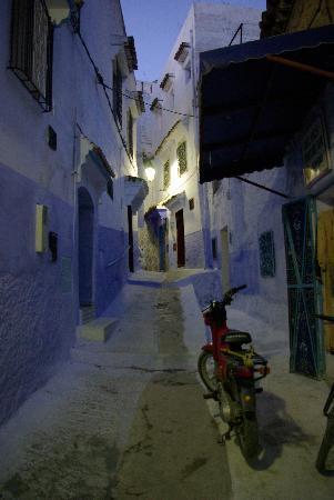 Dar Dalia: Une ruelle de Chaouen