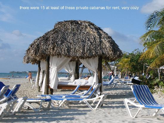 Beaches Negril Resort & Spa: Beachfront cabana's for rent