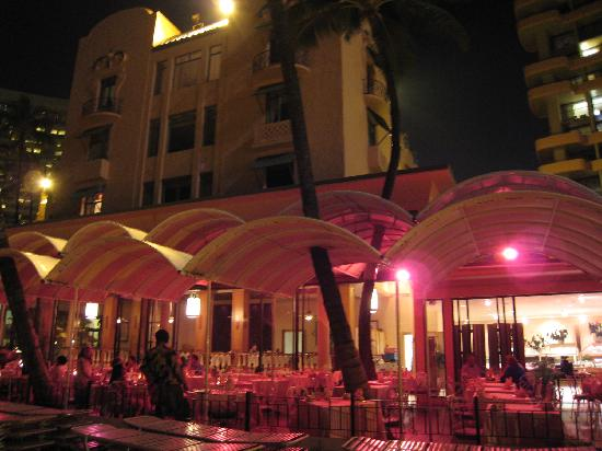 The Royal Hawaiian, a Luxury Collection Resort: 夜景
