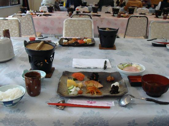 Mashikokan : Breakfast (room has waterfall view)