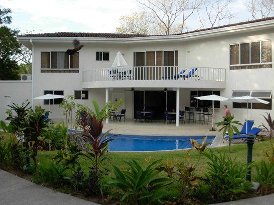 The Hideaway Hotel Playa Samara : beautiful grounds
