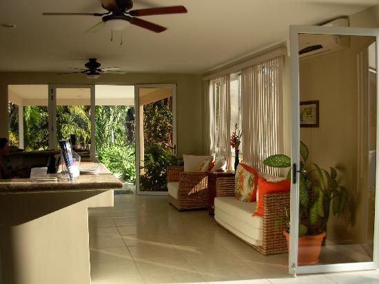 The Hideaway Hotel Playa Samara: lobby area