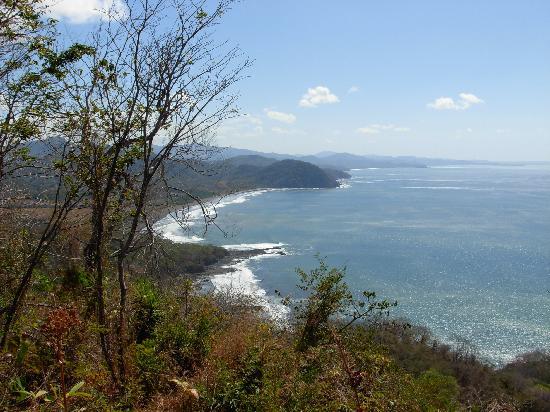 The Hideaway Hotel Playa Samara: coastal view on horseback tour