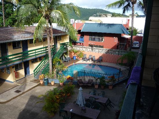 Airlie Beach YHA: Pool