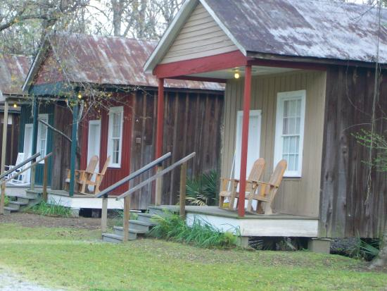 Sorrento, LA: cajun cottages