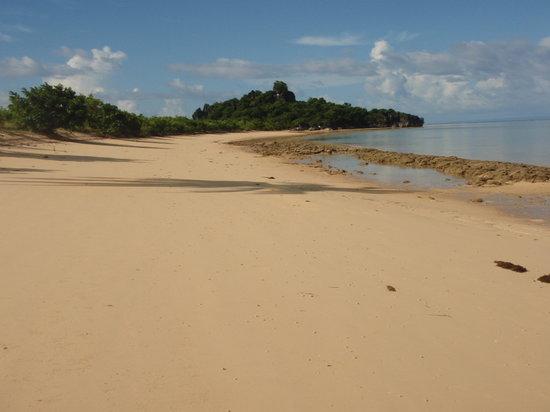 Naga, Philippines: Sabitang Laya Island