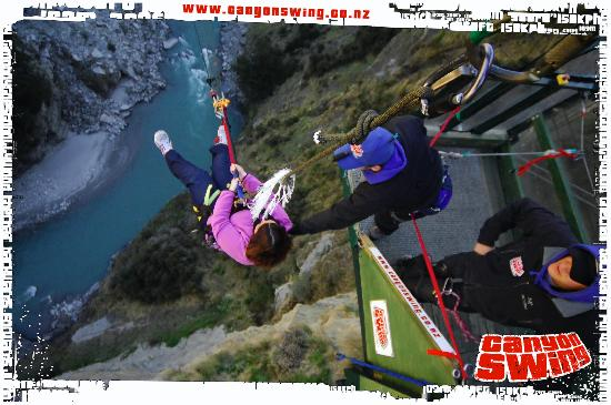 Shotover Canyon Swing & Canyon Fox: I was cut from the rope...