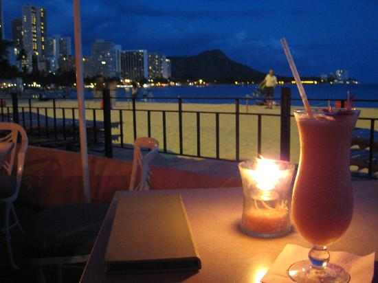 The Royal Hawaiian, A Luxury Collection Resort: 夜