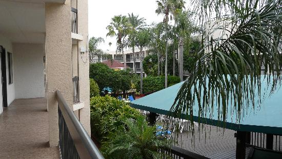 Baymont Inn & Suites Tampa Near Busch Gardens : l'hôtel