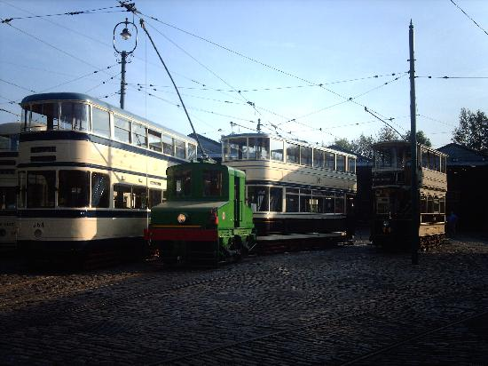 Matlock, UK: Shunting the trams around at the end of the day