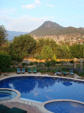 Gunay's Garden Villas: The evening view