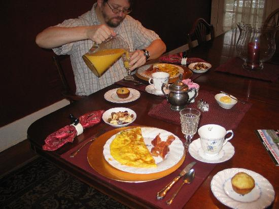 GlenMorey Country House : Our Yummy Breakfast
