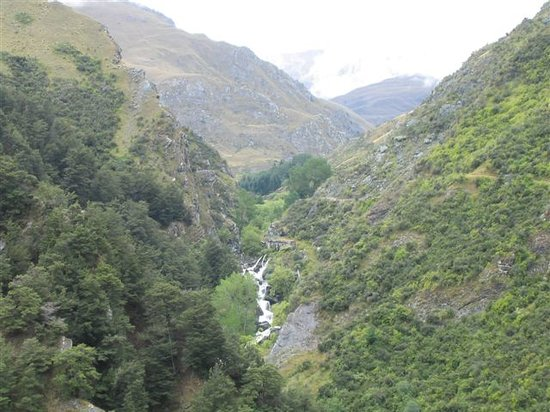 Nomad Safaris: This is the weir collecting the water for the Arrowtown Township