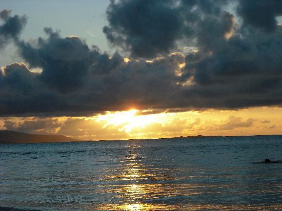 Kondoi Beach: コンドイビーチ(夕日)