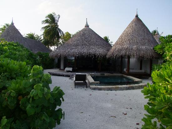 Four Seasons Resort Maldives at Kuda Huraa: Beach Villa leider ohne jegliche Palmen
