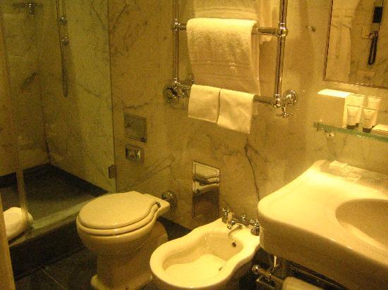 Portrait Roma: Salle de bain