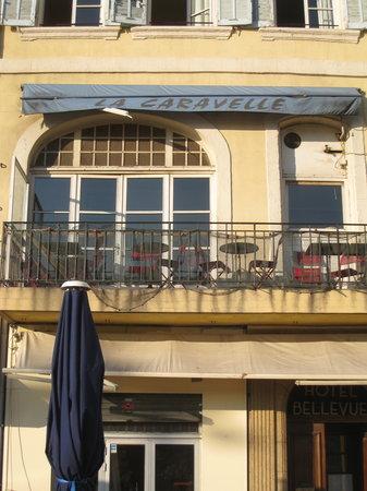 La Caravelle: Outside seating area on the balcony
