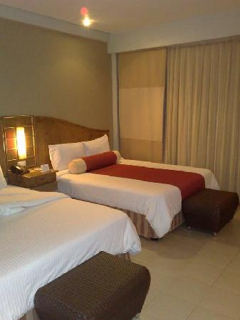 Amorita Resort: Our room