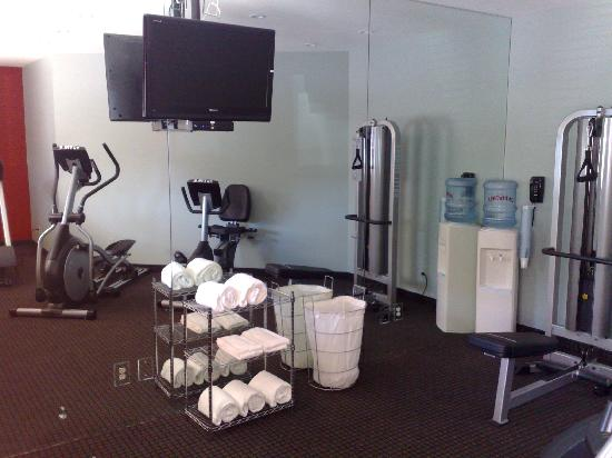 Motel 6 San Diego Mission Valley East : Exercise room