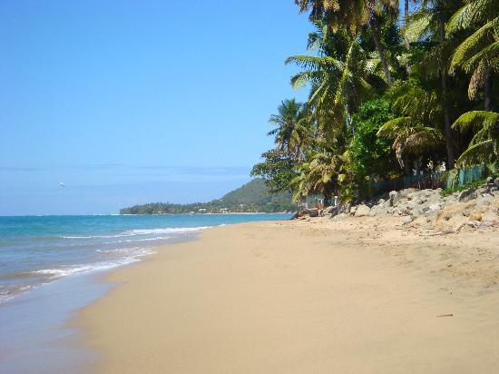 Villa Cofresi Hotel: The view of beach