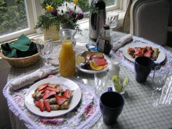 Humboldt House Bed & Breakfast Inn: Great breakfast