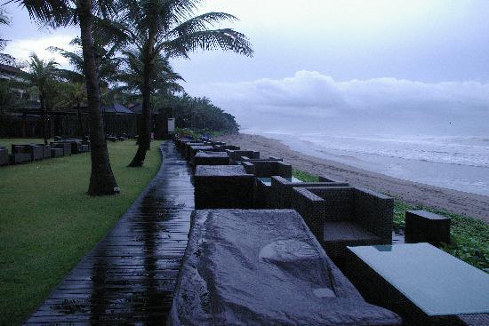 The Samaya Bali Seminyak : Rain