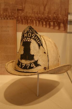Friendship Firehouse Museum: Friendship Fire Helmet