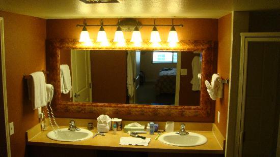 hers bathroom vanities picture of grandview at las vegas las vegas