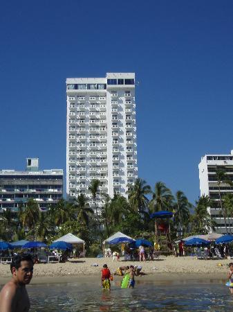 Acabay Hotel & Beach Club: Acabay as seen from the beach