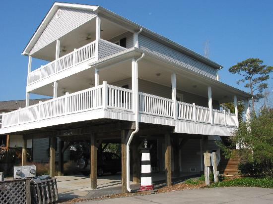 Ocean Lakes Family Campground: I love the big porches and the lake is behind the house.