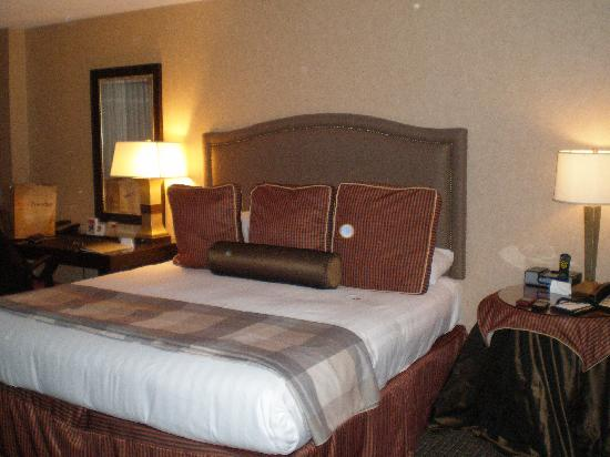 Reston, VA: Comfy Bed