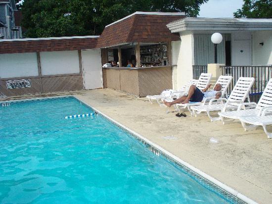Tahoe Resort : pool