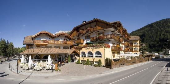 Leading Relax Hotel Maria: Hotel Maria di giorno