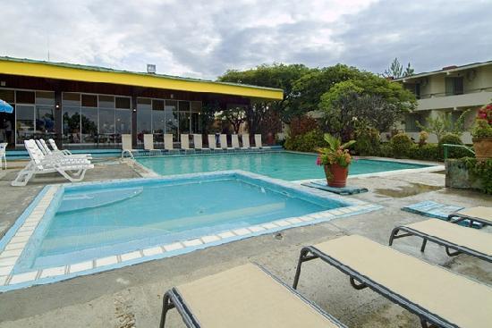 Mision Oaxaca: pool