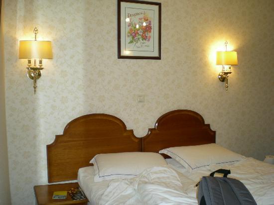 Atlanta Hotel: la stanza da letto