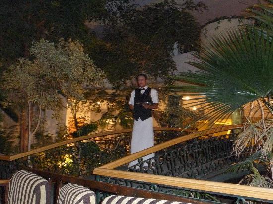 Majesty Golf Hotel : entrée du bar