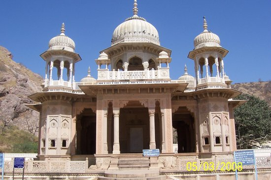 Джайпур, Индия: Memorials for the erstwhile rulers of Jaipur