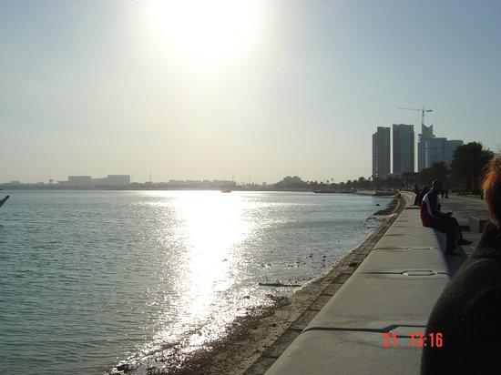 Doha, Catar: la corniche