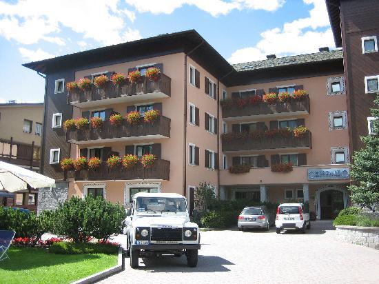 Hotel Cristallo: The hotel
