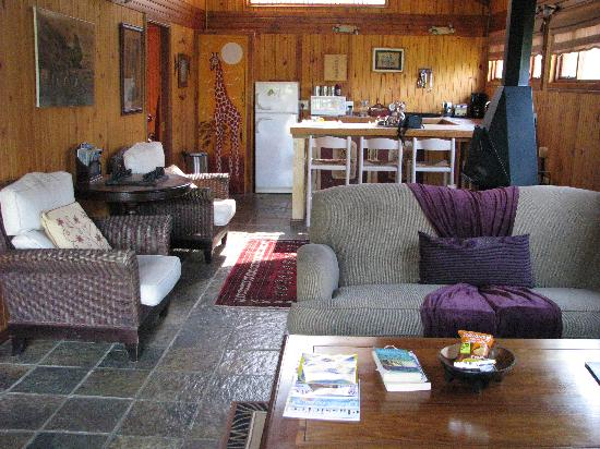 Knysna Tonquani Lodge & Spa: our sitting room at Tonquani