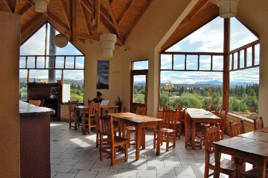 America del Sur Hostel: Dining Room