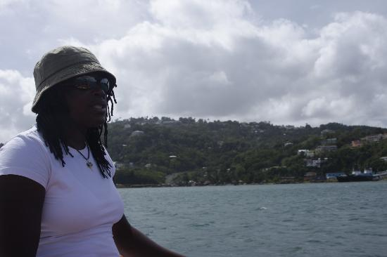 Rainbow Divers: Giving a history lesson on Castries