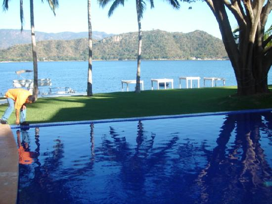 Riviera Nayarit, เม็กซิโก: poolside at lago escondido