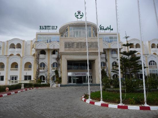 Majesty Golf Hotel : entrée de l'hôtel