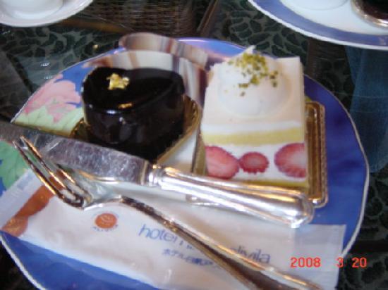 Hotel Nikko Alivila Yomitan Resort Okinawa: ケーキ2。