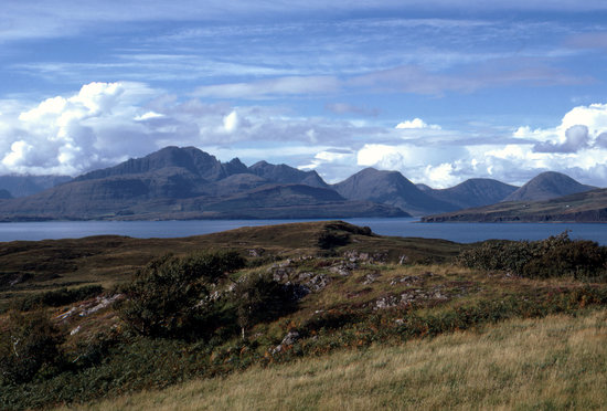 Pulau Skye, UK: Blaven from near Tokavaig